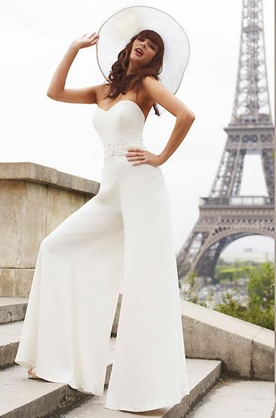Женский свадебный костюм со шляпкой